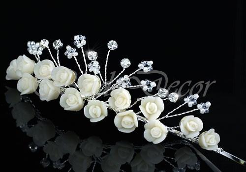 Свадебная диадема «Красота розы»