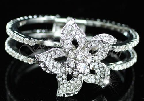 Серебристый браслет «Орхидея»