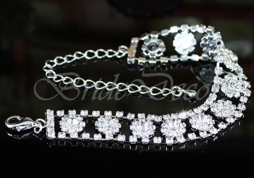 Женский браслет «Серебряные цветы»